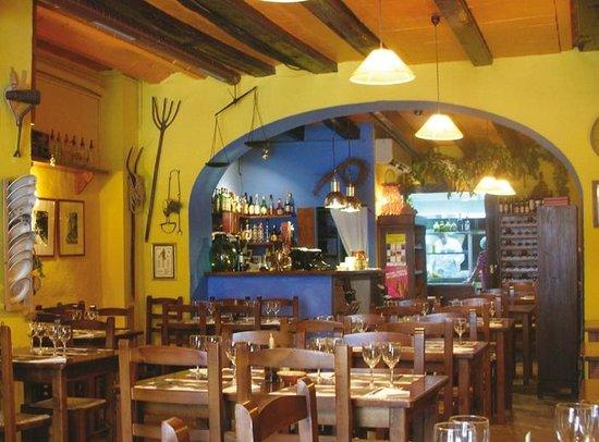 EL CELLER VELL: Restaurant