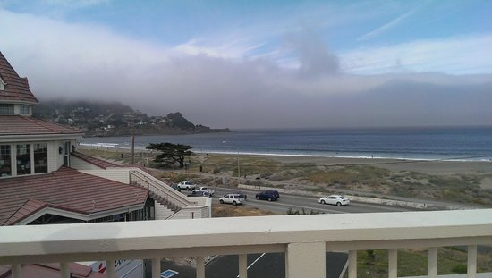 Pacifica Beach Hotel: the view from the hotel