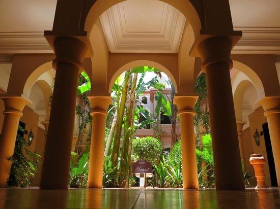 Eden Andalou Hotel Aquapark & Spa: Hotel grounds