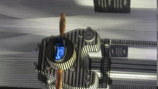 Karel Zeman Museum: Look at periscope film