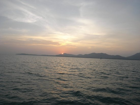 Crystal Clear Diving Phuket: Sunset