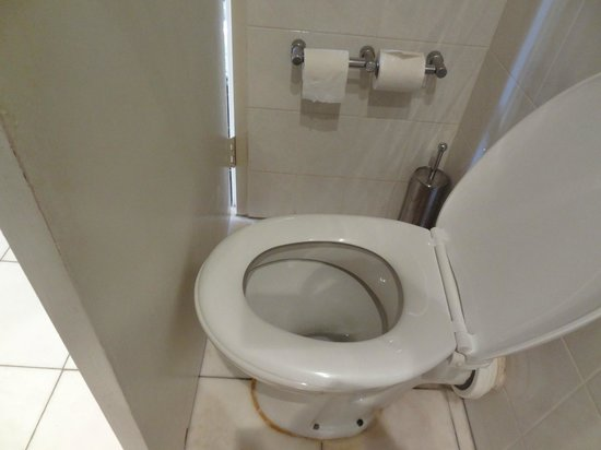 Skycity Darwin : The clincher ..... literally - We paid $325 a night for this!!!!!
