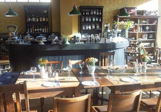 Vintage Tea Room: Sea views from table 8