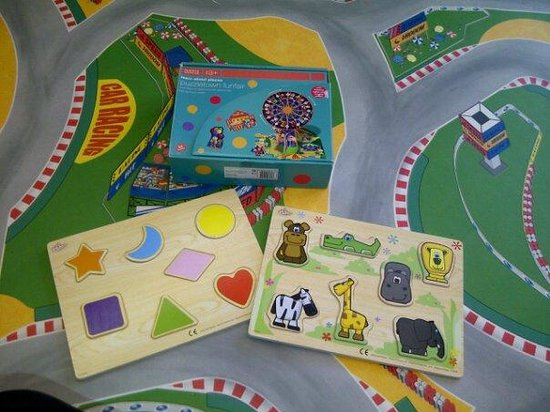 Puzzle activities available in the creche at Serenity Loves.
