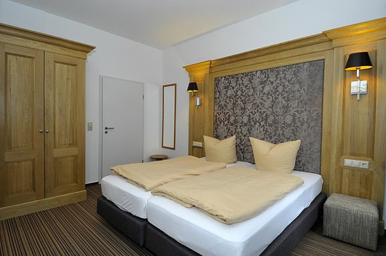 Classic Hotel: Room 105