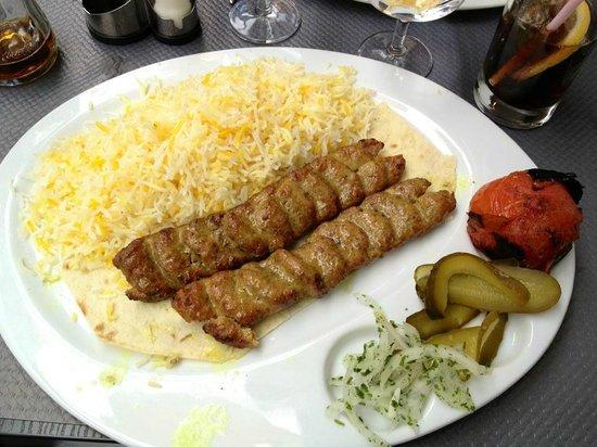 Mazeh : chelo kabab koubideh