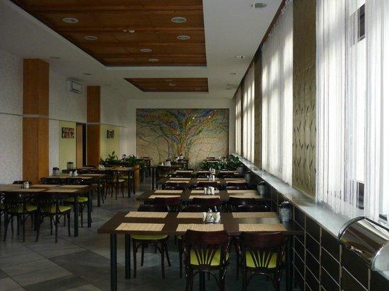 Medosz Hotel: The restaurant