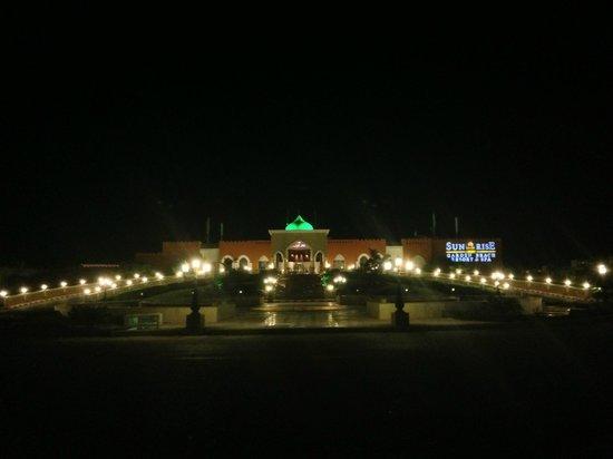 SUNRISE Garden Beach Resort -Select-: Sunrise Garden Beach Resort & Spa Hurghada