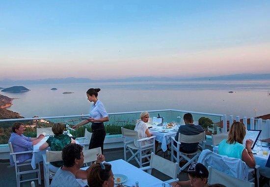 Glossa, Yunanistan: Agnanti Private Dinning
