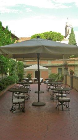 Hotel Orto De Medici: Breakfast Terrace