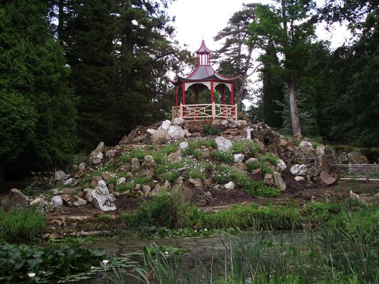 Woburn Abbey and Gardens : The Grotto