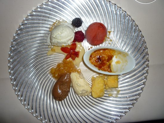 Hotel Restaurant Hinterding: beautifully presented and delicious pud