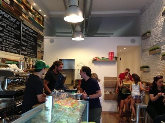 Shake Cafe: banco
