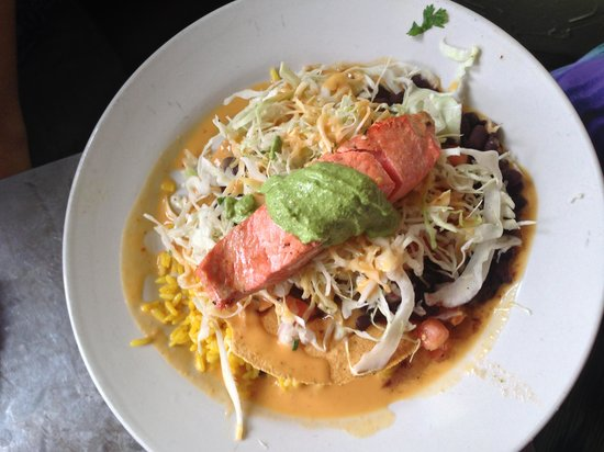 Alto Cinco: Salmon Burrito meal