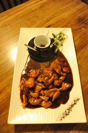 Tishreen : Chicken Cafe