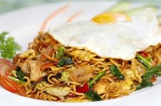 Warong Legong : Fried noodles