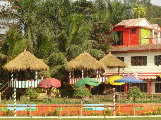 PALM VILLAGE RESORT (Kolkata, West Bengal) - Hotel Reviews, Photos