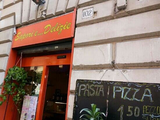 caprese - margarita - bufala: fotografía de Sapori e Delizie, Roma ...