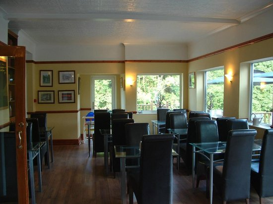 Craig-y-Dderwen Riverside Hotel: Lovely Dining area