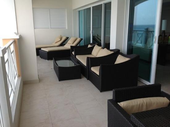 Ocean Two Resort & Residences : Balcony
