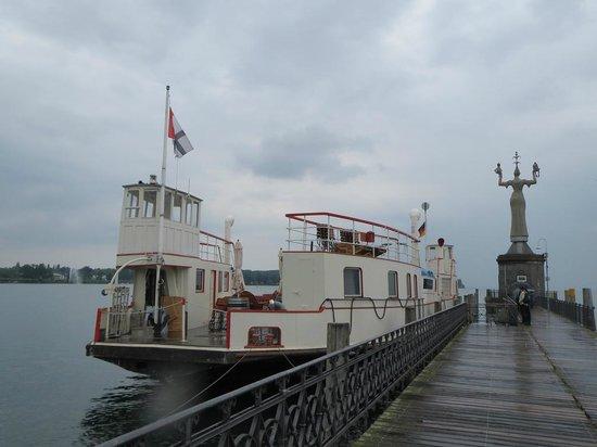 Hafen Konstanz: Statute of Imperia
