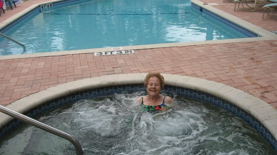 Anna Maria Motel & Resort Apartments: Mom LOVED this!