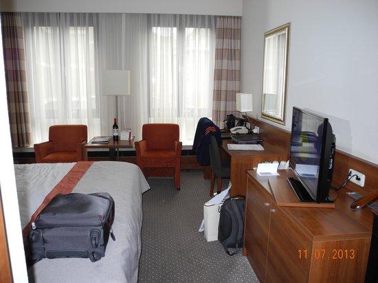 Crowne Plaza Maastricht : My room.