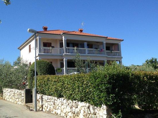 Vila Milcetic: Hotelansicht vom Strand