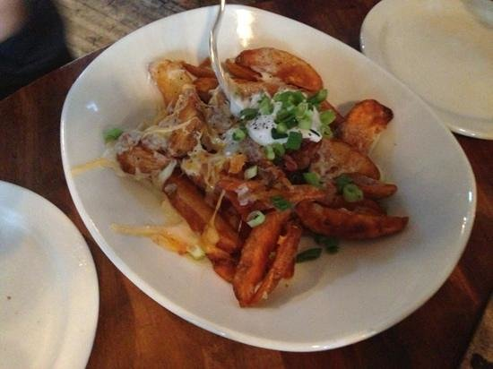 Phantom Canyon Brewing Co : Appetizer- Chips(French fries) with cheese