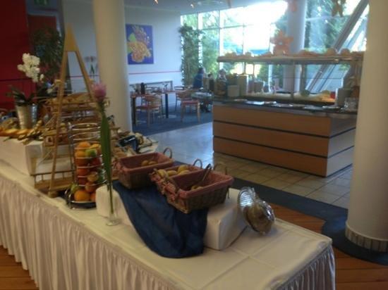 Atlanta Hotel International: Breakfast
