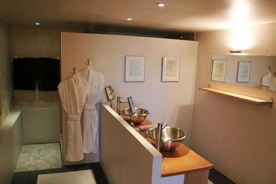 Clos de la Barbanne: Salle de bain