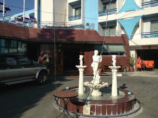 Nereus Hotel entrance