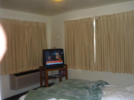 Royal Victorian Motel: guestroom