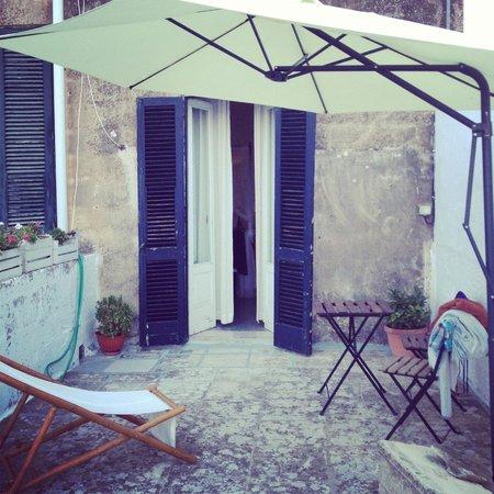 B&B Volver Lecce : Terrace Mediterraneo
