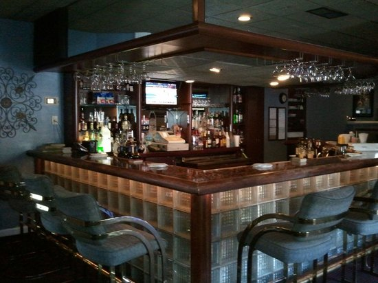 Lawton, OK: The Bar at Harlows