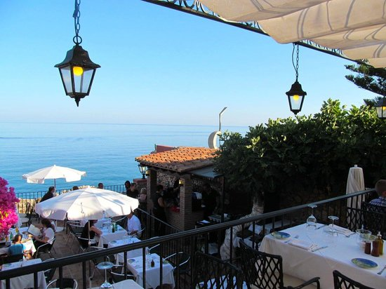 Hotel Carabeo: View from the restaurant terrace
