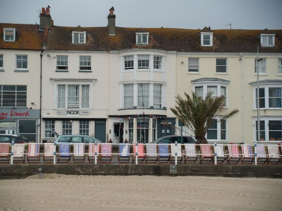 The Nook Bar, Brasserie & Hotel: Front of hotel from beach...