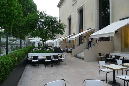 la terrasse - Picture of Monsieur Bleu, Paris - TripAdvisor