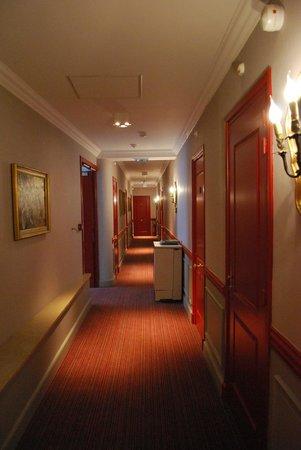 Sphinx Hotel : Corridor