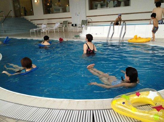 Hoshino Resorts RISONARE Atami: プール