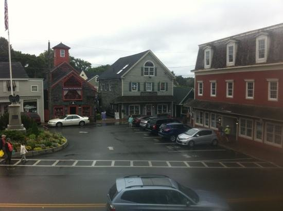 Alisson's Restaurant & Pub : view from upper dining room