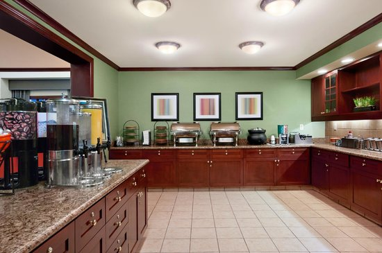 Homewood Suites Wallingford-Meriden: Breakfast Buffet