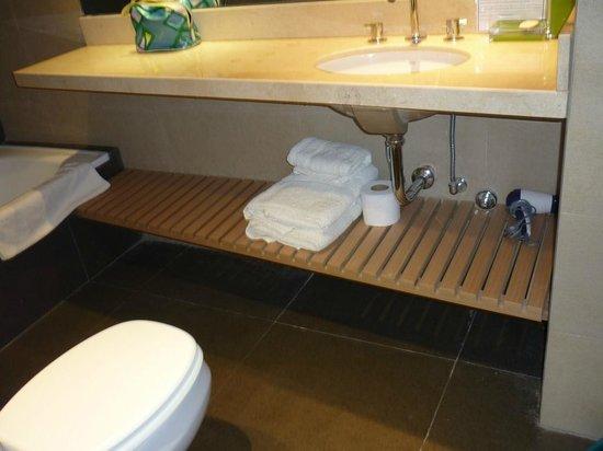 Dream Studios: banheiro toalhas