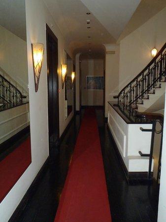 Andromeda Thessaloniki: hallway