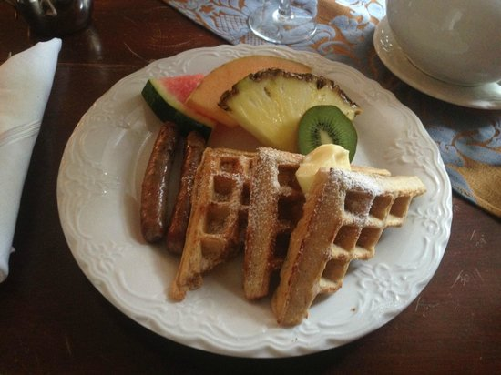 Stafford House: Oatmeal Waffles, Sausage, and Fresh Fruit