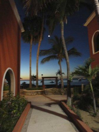 Hotel Palmas de Cortez: sunrise at palmas de cortez