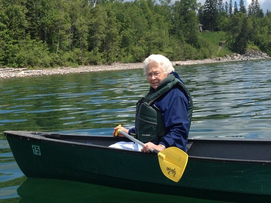 Grand Superior Lodge : Even got mom in a canoe!