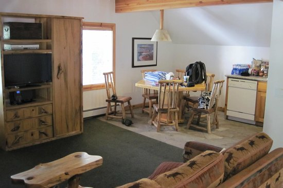 Red Wolf Lakeside Lodge: RW 2 BR