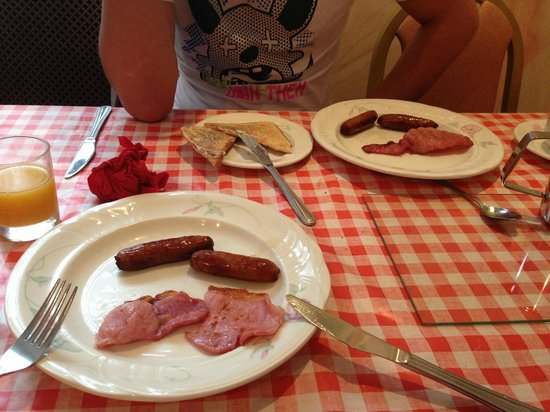 St. George's Pimlico: English Breakfast
