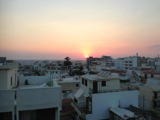 Atlantis City Hotel: Vue de ma chambre au coucher du soleil
